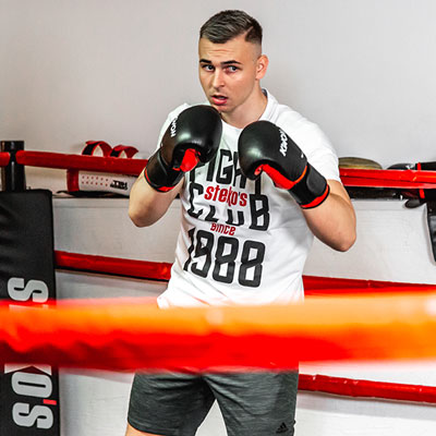 Stekos Kampfsportstudio München - Fighter Ivan Steko