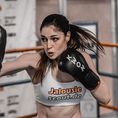 Stekos Kampfsportstudio München - Kämpferin Marie Lang