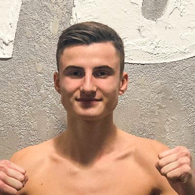 Stekos Kampfsportstudio München - Amateure Teo Laus